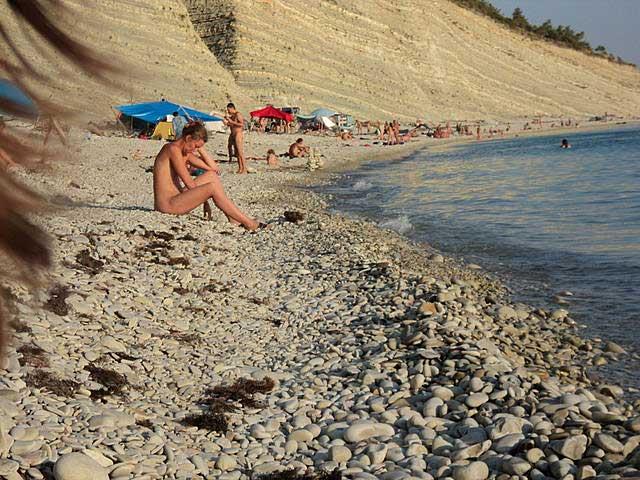 голый пляж