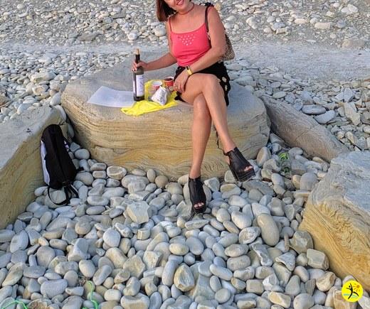 Море,девушка,вино...