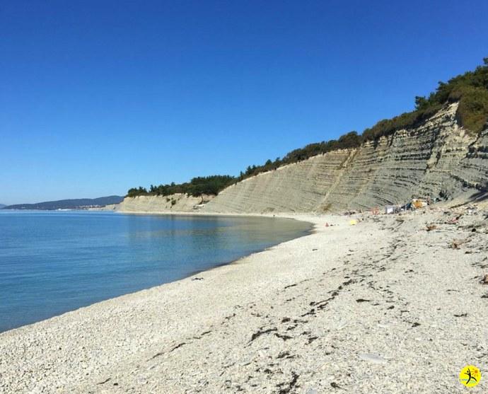 Пляж в Октябре...